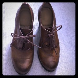 Frye oxford pumps